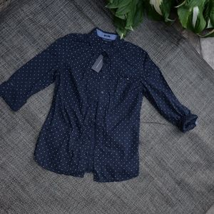 NWT Tommy Hilfiger Classic Fit Button Down Shirt